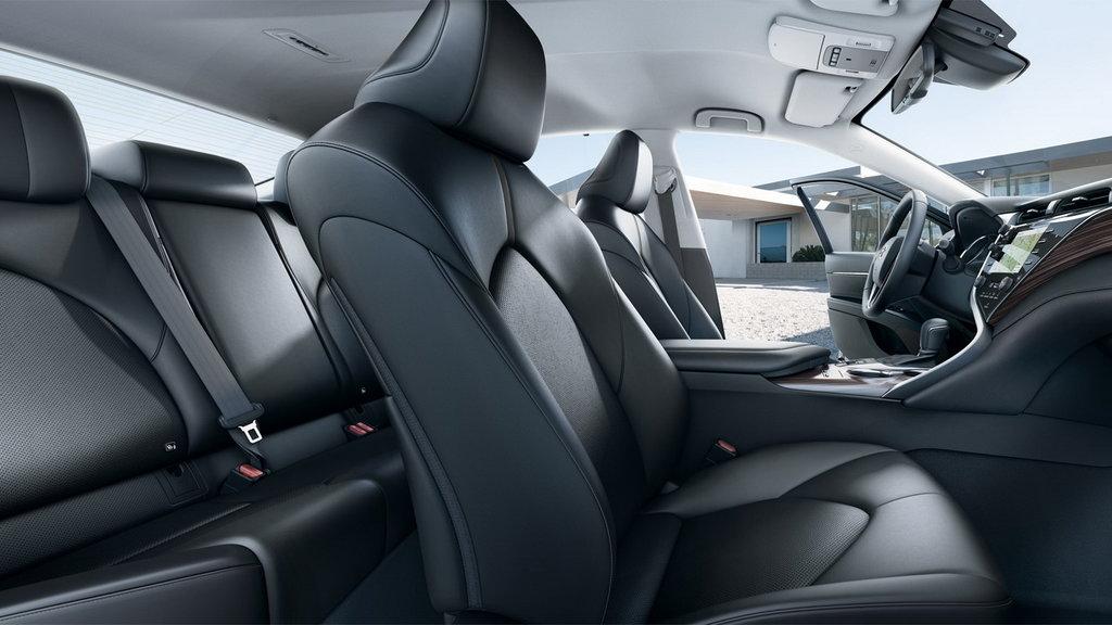 Toyota Camry 2019 interior