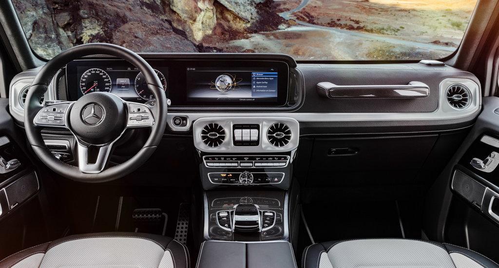 Mercedes Geländewagen interior