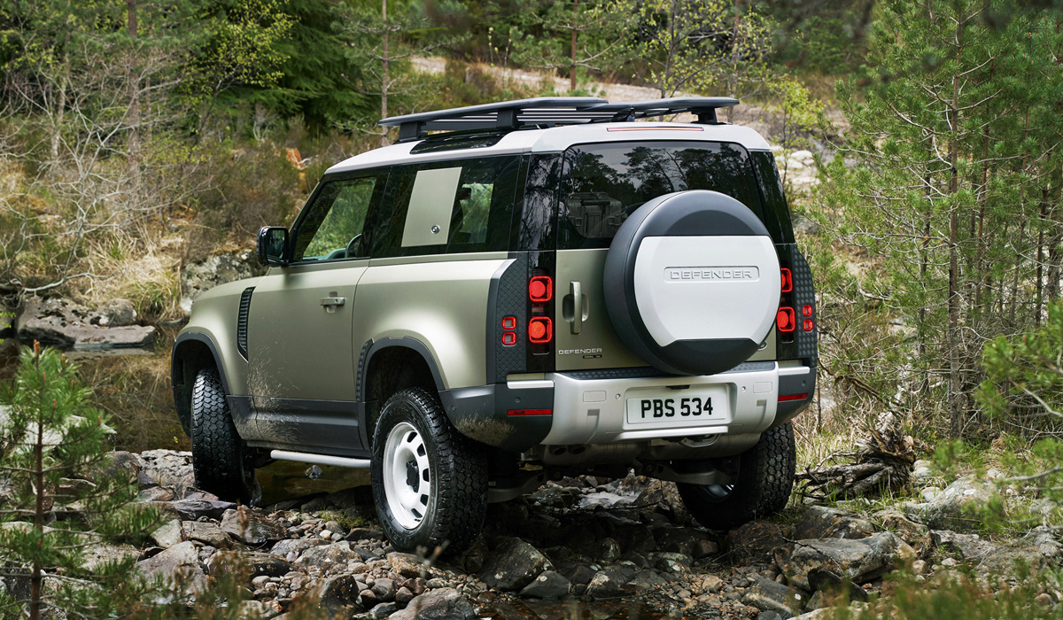 Land Rover Defender 2019
