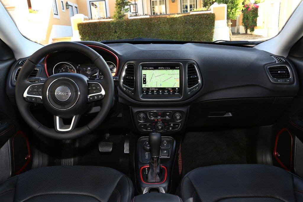 Jeep Compass 2019 interior