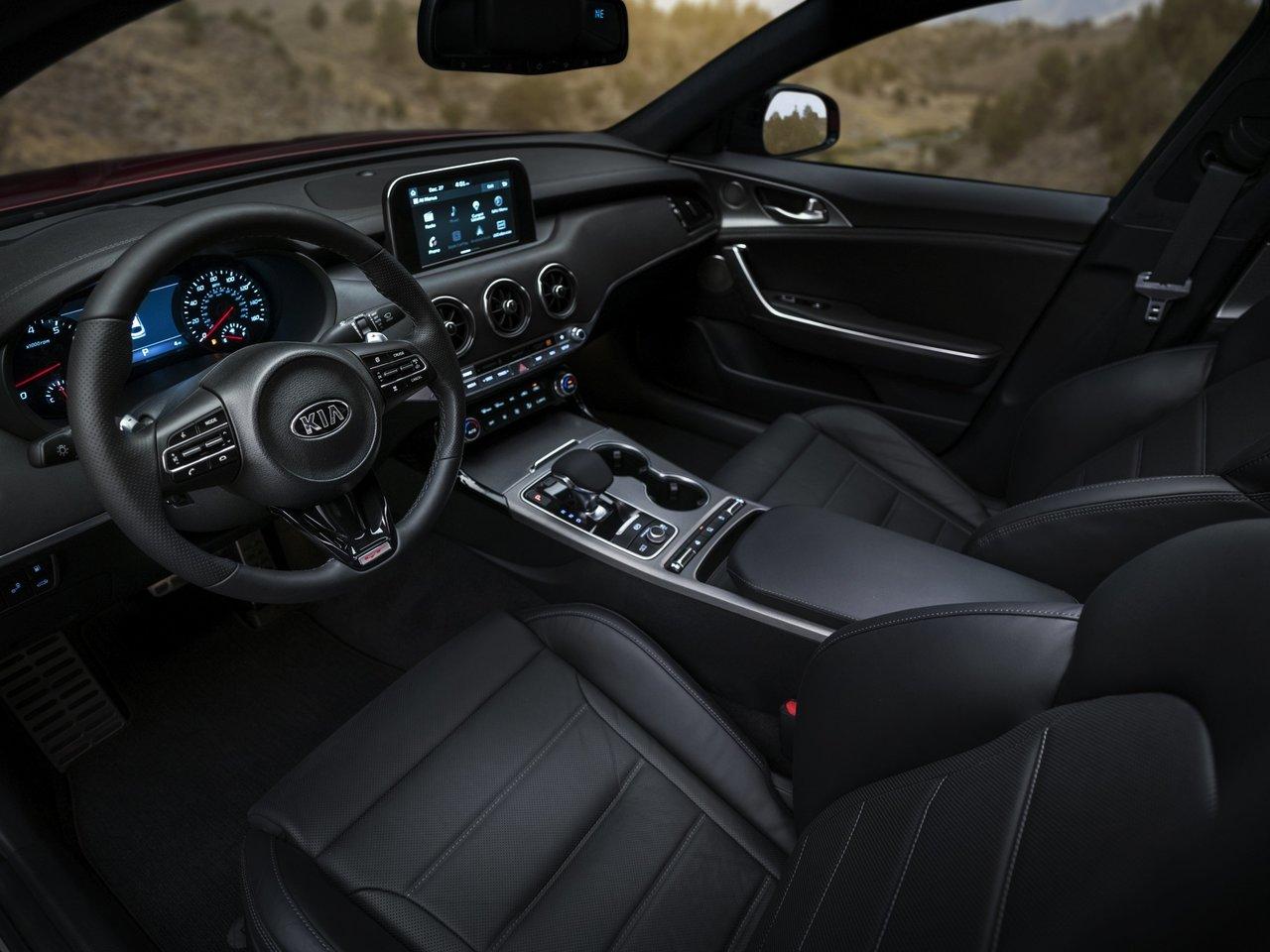 Kia Stinger 2019 Interior