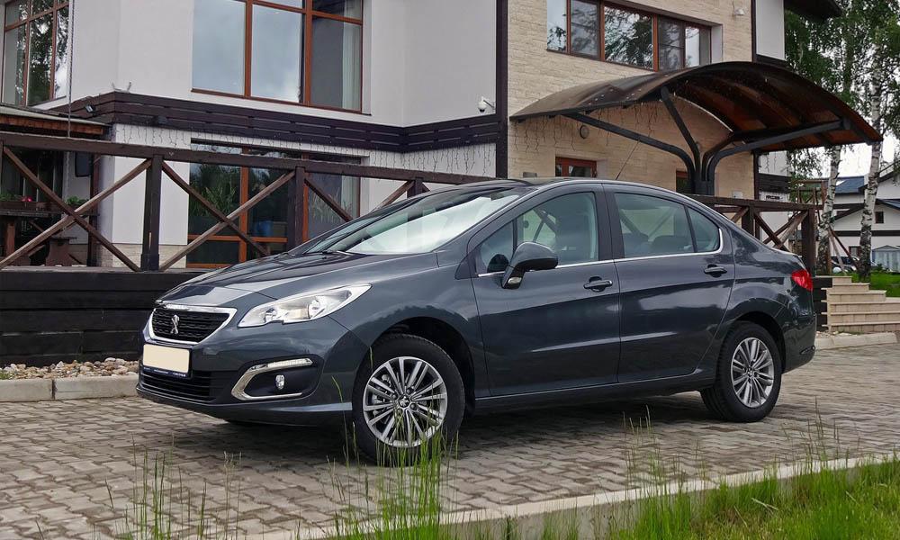 Peugeot 408 2021