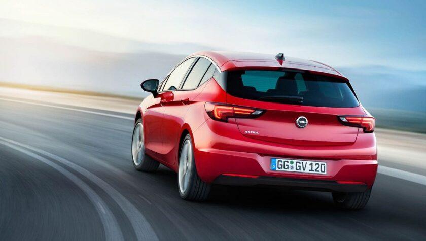 Opel Astra 2021