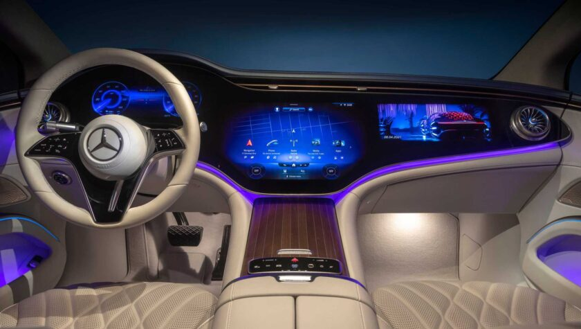 Mercedes EQS SUV 2021